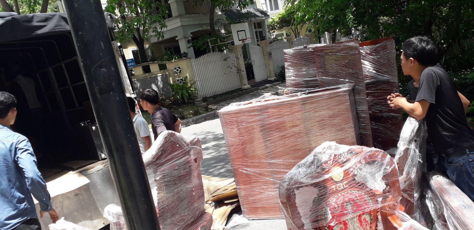 Dịch vụ chuyển nhà quận Tân Bình trọn gói giá rẻ, tiết kiệm thời gian